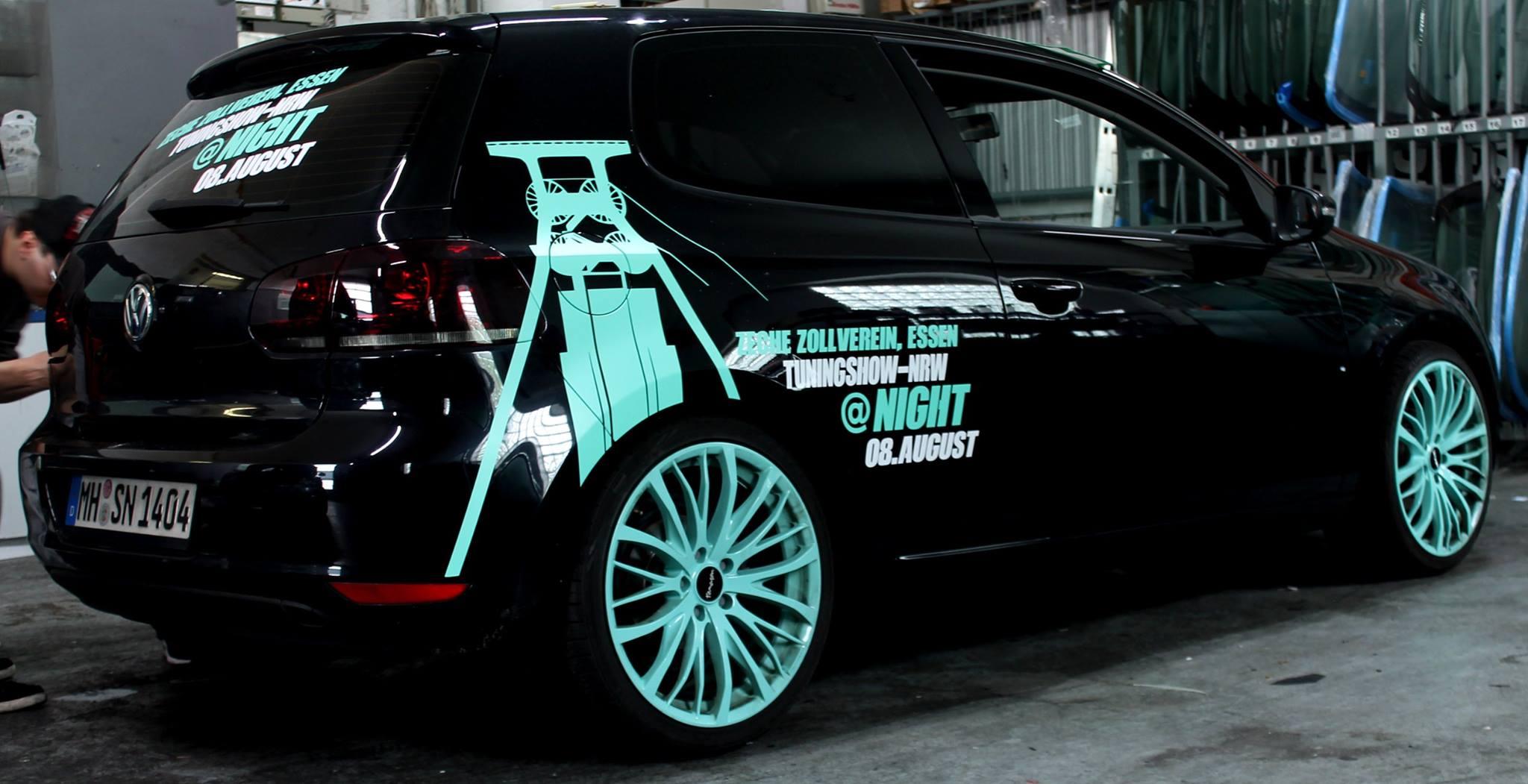 Konzeption Beschriftung Grafiken Plots Carwrapping